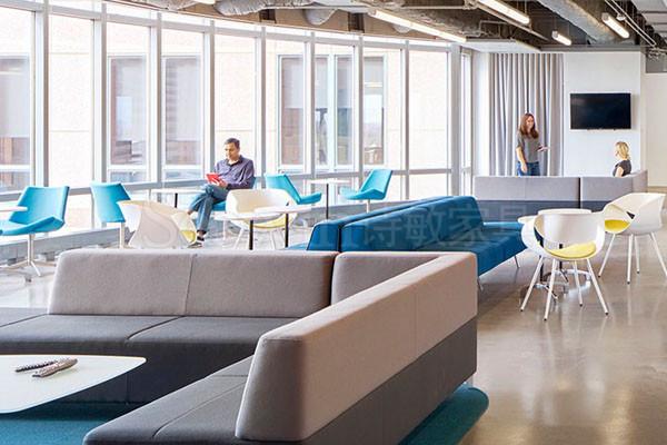 新型沙發設計滿足信息時代家具需求!